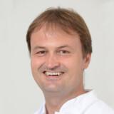 Dr. Henning Steen
